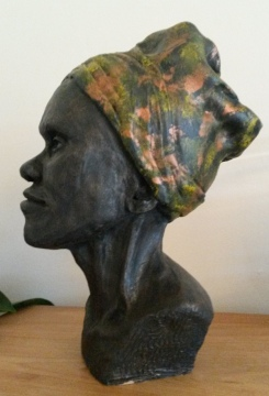 elaine-head sculpture